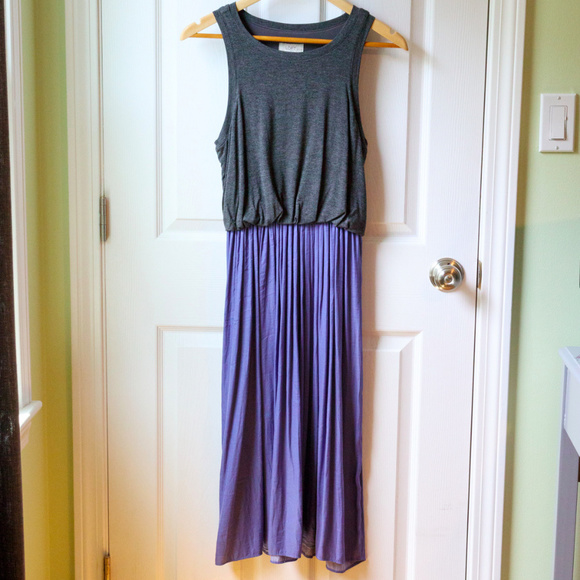 LOFT Dresses & Skirts - Loft Midi Sleeveless Dress